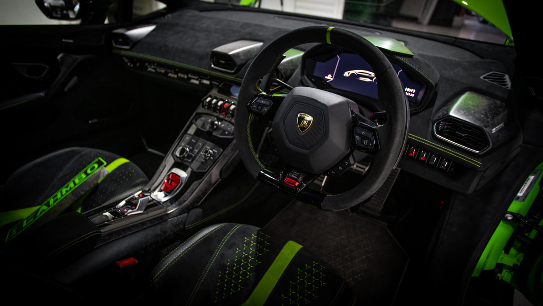 Huracán Performante Syndey Interior