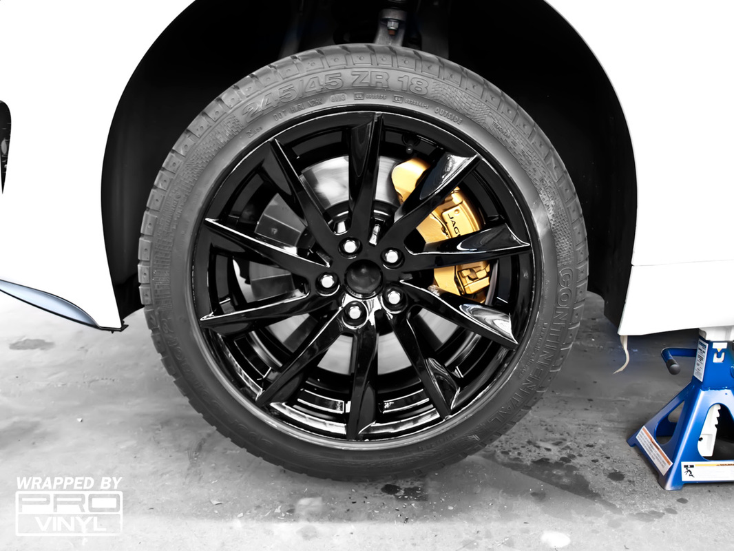 Jaguar F-Type Black Rims, Brembo Gold Calipers