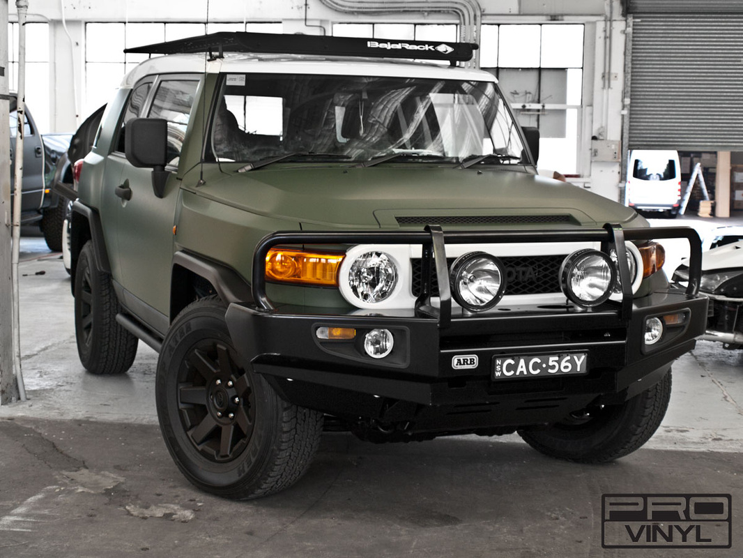 Matte military green wrap for Toyota FJ Cruiser